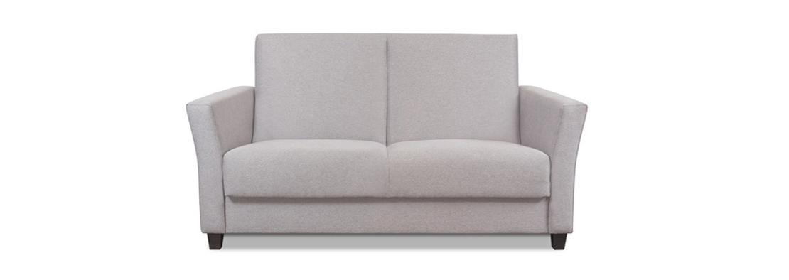 klasyczna sofa w kolorze szarym